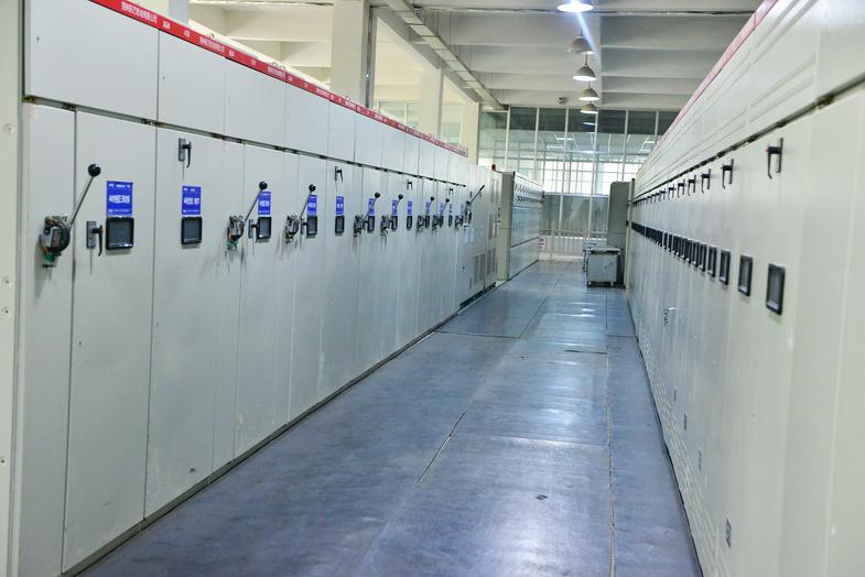 大型试验设备系统